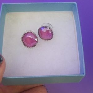 Peony Fortune post earrings brushed silver